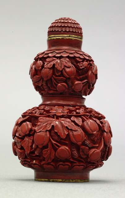 Snuff Bottle: Gourd Shaped, 19th Century